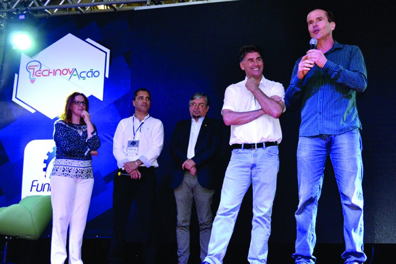 IFIA-Mr Vivacqua_Prefeito de Cascavel-Mr Paranhos_President of Fundetec-Mr Gomes_Ms Lückmann - ABIPIR